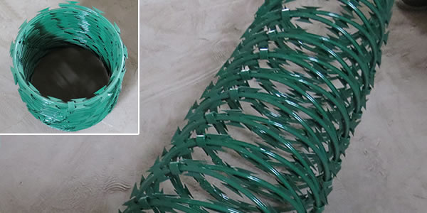 Green Coated Concertina Wire Coils